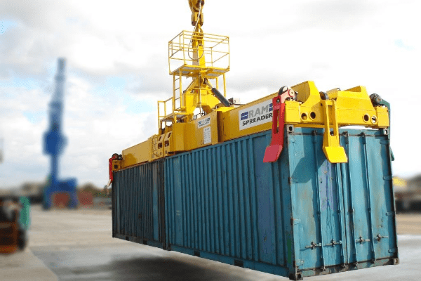 2700 two 20ft containers handled - RAM Spreaders