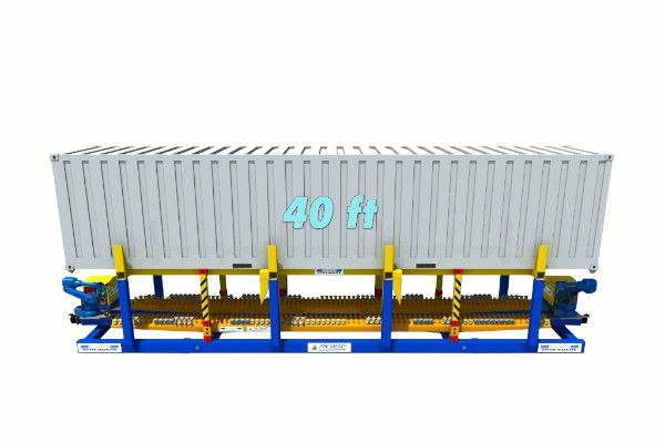 40ft container on twist lock handling machine - RAM Spreaders